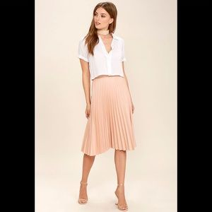 Do+Be pleated midi skirt in blush pink